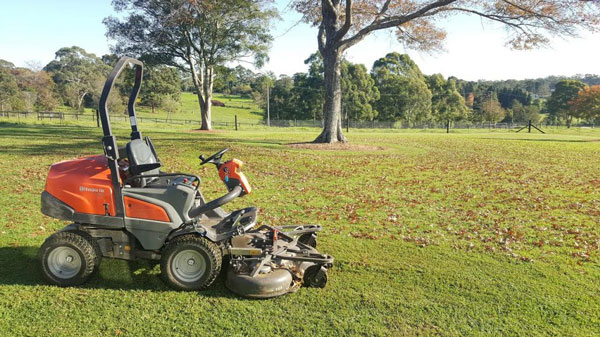 acreage mowing sydney